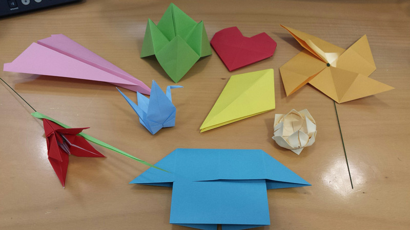 An Origami Kite From A4 or Letter paper!   450x800